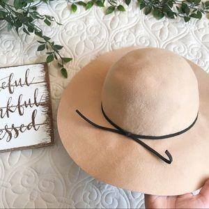 San Diego Hat Company Tan Wool Hat